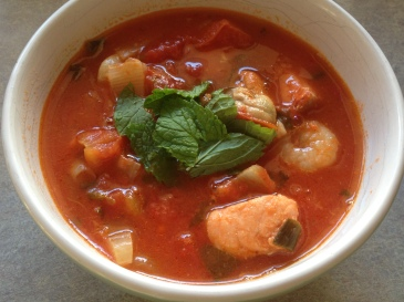 Seafood marinara soup featured image